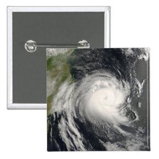 Ciclón tropical Favio que se acerca a Mozambique Pin Cuadrado