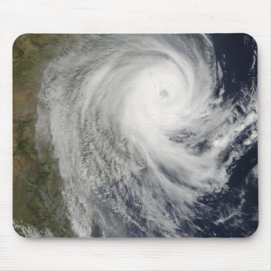 Ciclón tropical Favio sobre Mozambique Mousepad