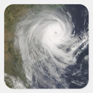 Ciclón tropical Favio sobre Mozambique Pegatina Cuadrada