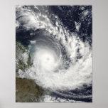 Ciclón tropical Hamish sobre Australia Poster