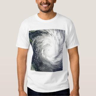 Ciclón tropical Yasi Poleras