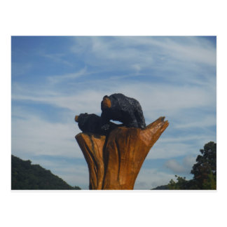 Cielo ahumado azul negro enselvado de las montañas tarjetas postales