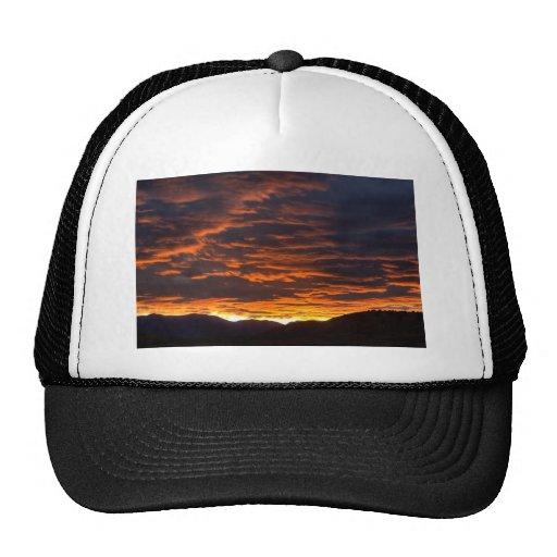 Cielo anaranjado gorras de camionero