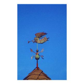 Cielo azul brillante de la paleta de tiempo del án papelería