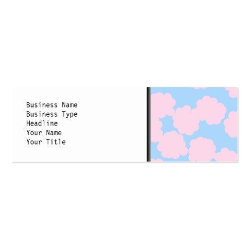 Cielo azul con el modelo rosado de las nubes tarjeta de visita