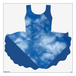 Cielo azul con las nubes en el tutú vinilo