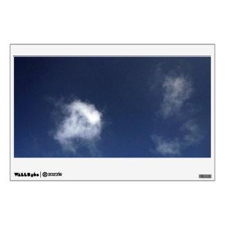 Cielo azul de Brigh con algunas nubes Vinilo Decorativo