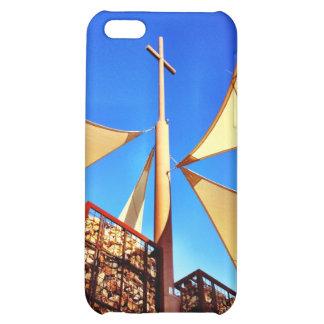 Cielo azul de la cruz hermosa de la iglesia cristi
