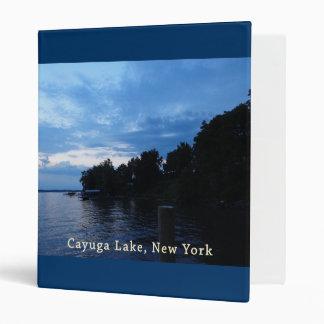 """Cielo azul de la puesta del sol del lago Cayuga Carpeta 1"""""""