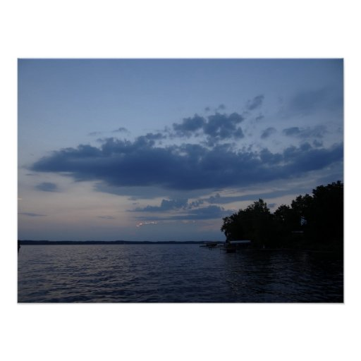 Cielo azul de la puesta del sol sobre el lago NY C Impresiones