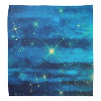 Cielo azul de medianoche con las estrellas bandana
