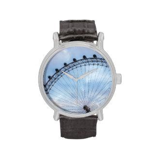 Cielo azul del ojo de Londres Reloj
