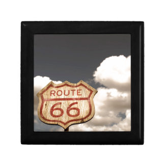 Cielo azul en la ruta 66 caja de recuerdo