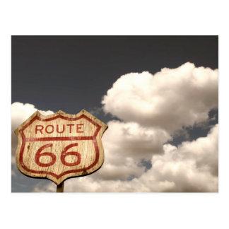 Cielo azul en la ruta 66 postales