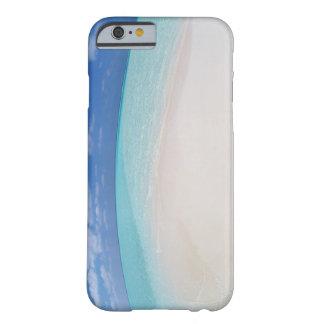 Cielo azul y mar 10 funda para iPhone 6 barely there
