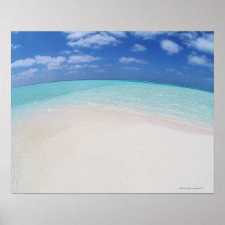 Cielo azul y mar 10 póster