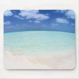 Cielo azul y mar 12 alfombrillas de raton
