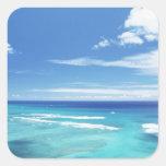 Cielo azul y mar 17 pegatina cuadrada