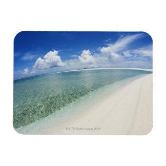 Cielo azul y mar 5 imán