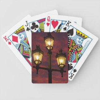 Cielo colorido hermoso de la linterna de la lámpar baraja cartas de poker