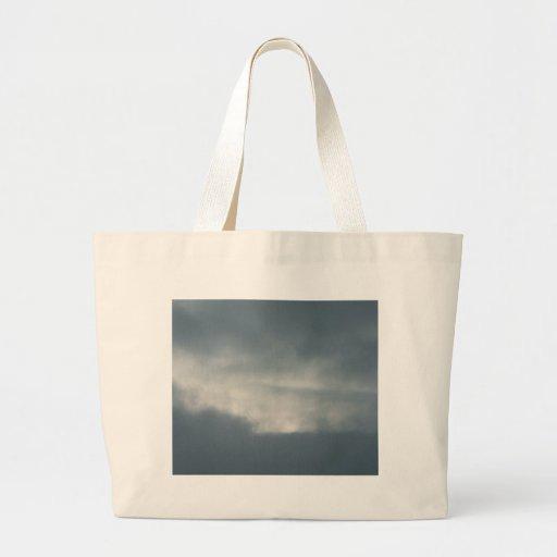 Cielo con las nubes bolsa