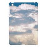 Cielo de la almohada de las nubes