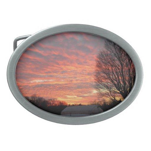 Cielo de la mañana en el fuego hebillas de cinturón ovales