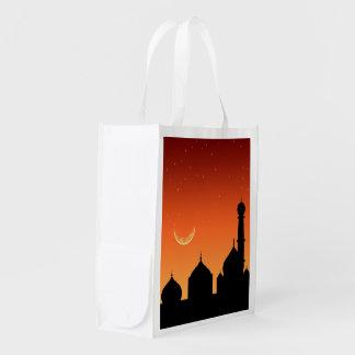 Cielo de la tarde de la silueta de la mezquita - bolsa para la compra