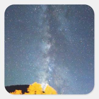 Cielo de octubre de la vía láctea pegatina cuadrada