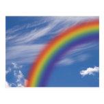 Cielo del arco iris postal