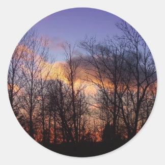 Cielo del invierno pegatina redonda
