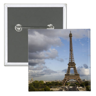 cielo dramático detrás de la torre Eiffel Pin Cuadrada 5 Cm