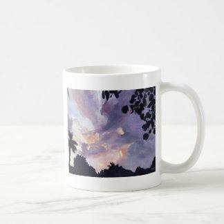 Cielo en el amanecer tazas de café