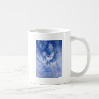 Cielo hermoso taza de café