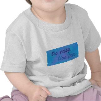 cielo libre vivo fácil tic .png camisetas