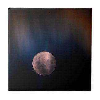 Cielo lunar lleno colorido del arco iris de la lun tejas