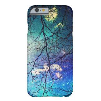 cielo nocturno del caso del iPhone 6, árboles, Funda De iPhone 6 Barely There