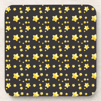 Cielo nocturno oscuro con el modelo de estrellas posavasos de bebida