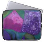 Cielo púrpura y magenta del escondite caprichoso - mangas computadora