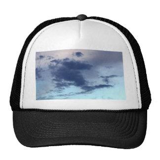 cielo y nube hermosos gorras