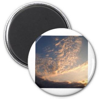 cielo y nube hermosos imán redondo 5 cm