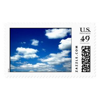 Cielos azules sello postal