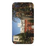 Cielos azules sobre el East Village iPhone 4 Fundas