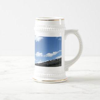 Cielos de Colorado sobre las montañas Taza