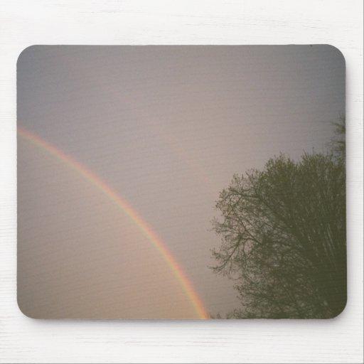 Cielos del arco iris alfombrilla de raton