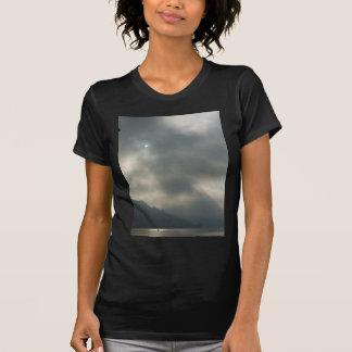 Cielos tempestuosos de Myserious por el lago Poleras