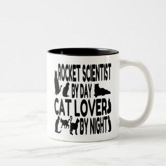 Científico de Rocket del amante del gato Taza De Dos Tonos