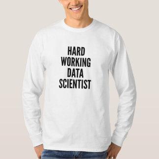 Científico de trabajo duro de los datos playera