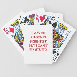 científico del cohete barajas de cartas