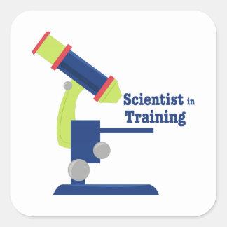 Científico en el entrenamiento pegatina cuadrada